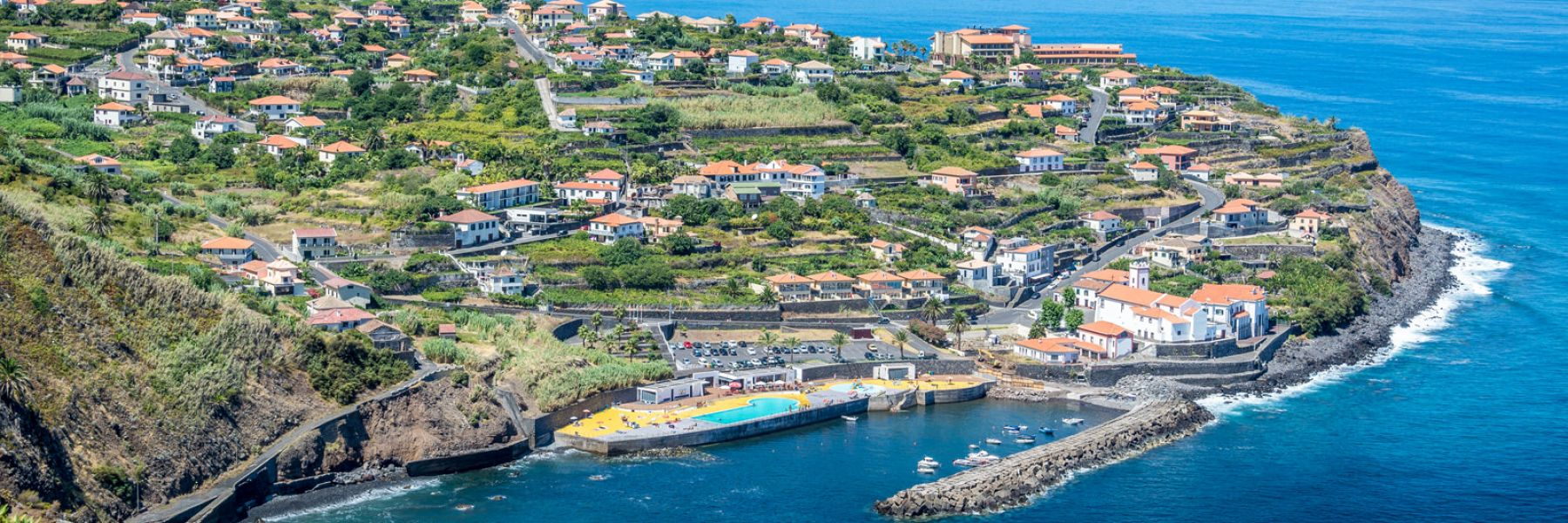 Rent a car in Madeira & Porto